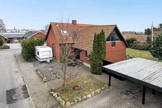 Villa på Toftevej i Nykøbing F - Ejendommen