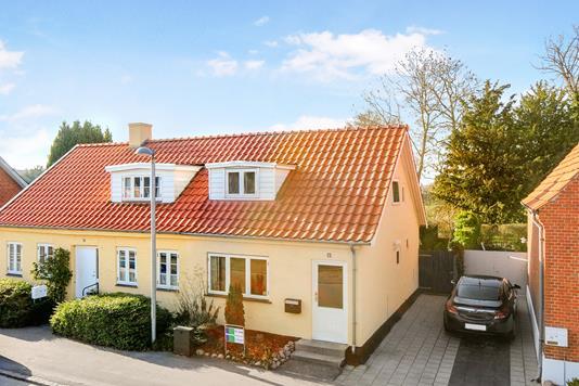 Villa på Frihedsvej i Stubbekøbing - Ejendom 1