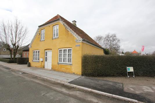Villa på Bomstræde i Nysted - Ejendommen