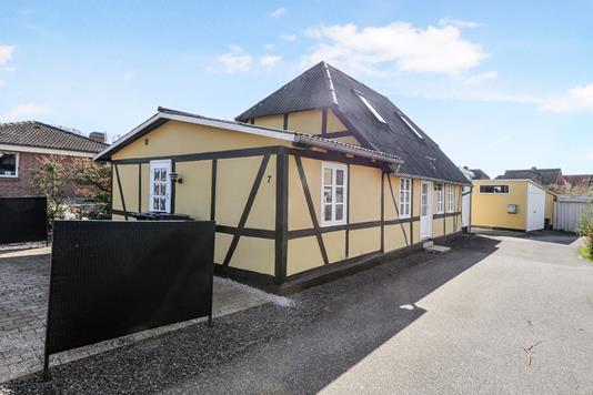 Villa på Svinget i Nykøbing F - Ejendom 1