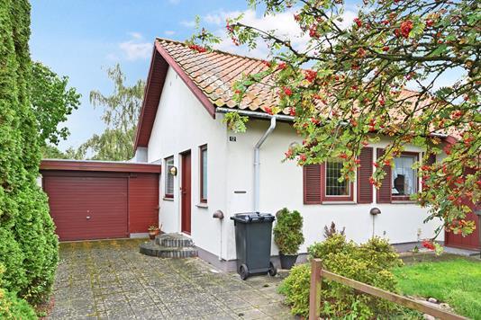 Villa på Lundevej i Nykøbing F - Ejendom 1