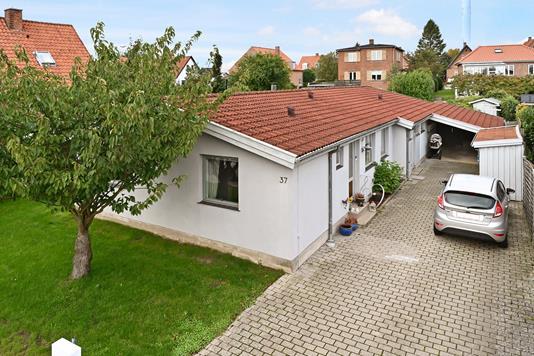 Villa på Norgesvej i Nykøbing F - Ejendom 1