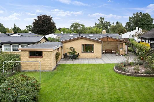 Villa på Vibevej i Roskilde - Set fra haven