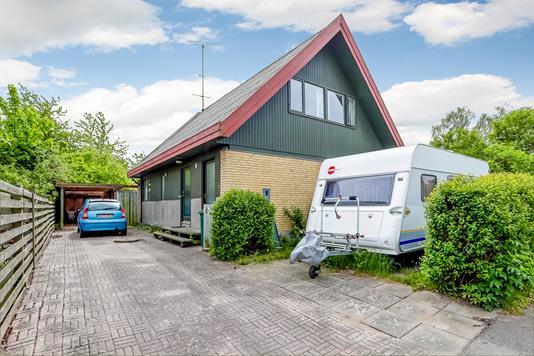 Villa på Smedeholmen i Hvalsø - Ejendommen