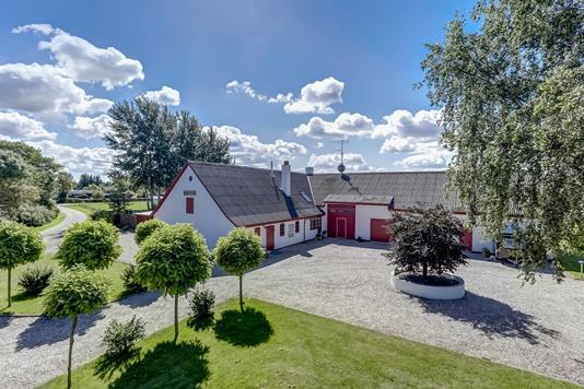 Villa på Blågranvej i Kirke Hyllinge - Ejendommen
