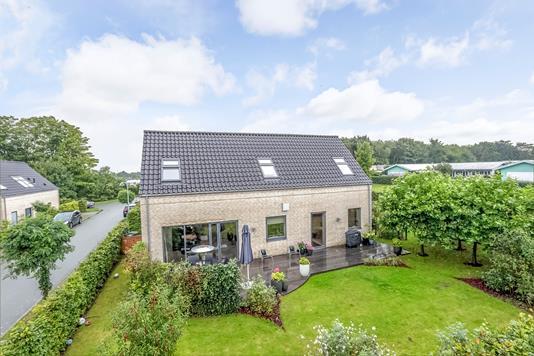 Villa på Himmelevgårdsvej i Roskilde - Ejendommen