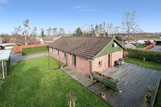 Villa på Kildevænget i Kirke Hyllinge - Ejendommen