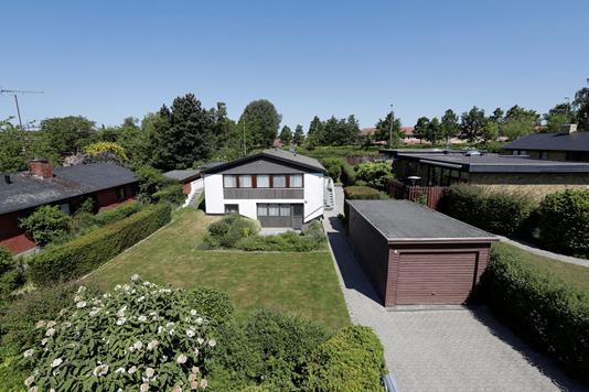 Villa på Rørsangervej i Roskilde - Ejendommen