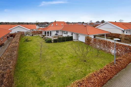 Villa på Lertoften i Roskilde - Set fra vejen