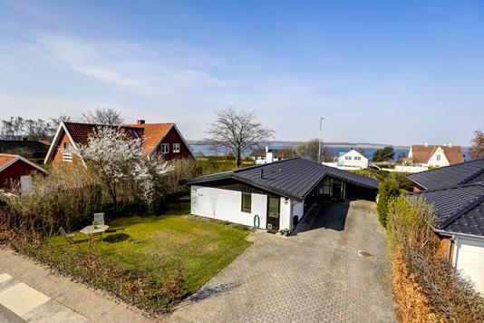 Villa på Strandgårdsvej i Roskilde - Ejendommen
