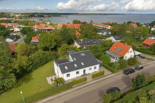 Villa på Valhalvej i Roskilde - Ejendommen