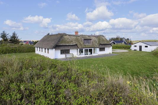 Villa på Laust Diges Vej i Hvide Sande - Ejendommen