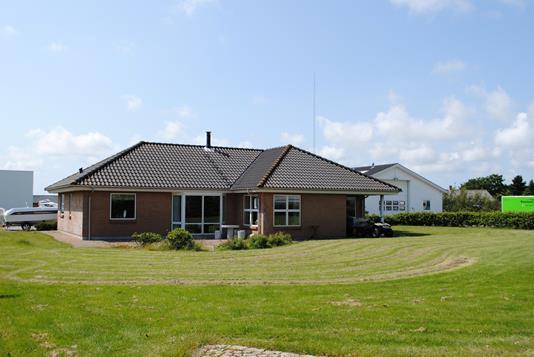 Villa på Birkmosevej i Ringkøbing - Ejendommen