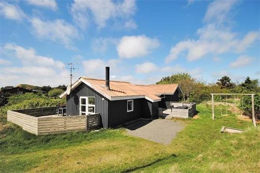Fritidsbolig på Hvidbjergvej i Ringkøbing - Ejendommen