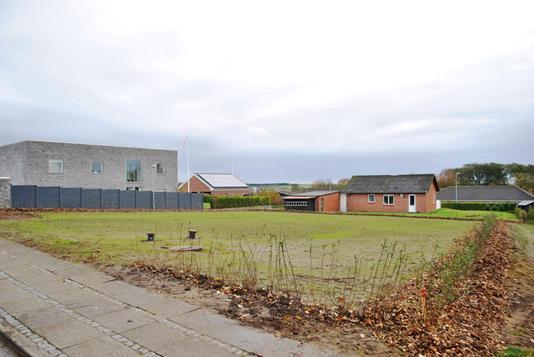 Helårsgrund på Skolebakken i Lem St - Grund
