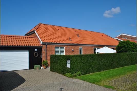 Villa på Højvangen i Ringkøbing - Ejendommen