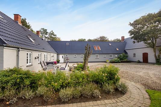Villa på Vennervej i Lem St - Ejendommen