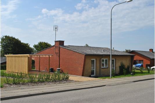 Villa på Skolebakken i Lem St - Ejendommen