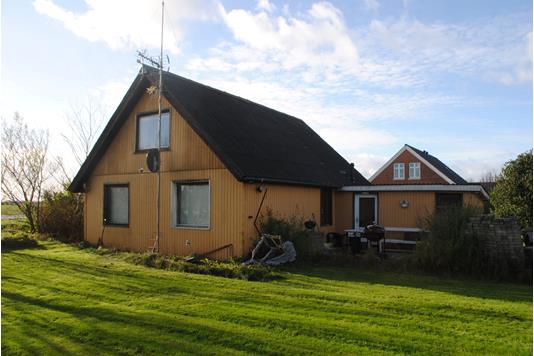 Villa på Søndervig Landevej i Ringkøbing - Ejendommen