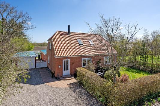 Villa på Tim Kirkevej i Tim - Ejendommen