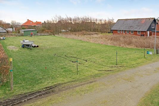 Helårsgrund på Kirkestien i Fanø - Grund