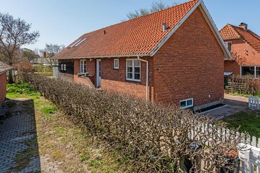 Villa på Niels Sørensens Vej i Fanø - Ejendommen
