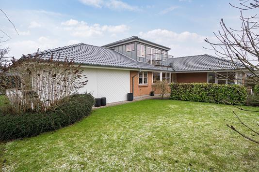Villa på Madsbjergparken i Højbjerg - Ejendommen