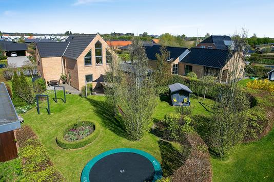 Villa på Hørretløkken i Mårslet - Set fra haven