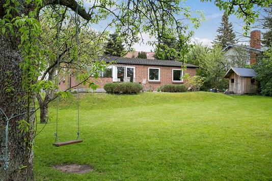 Villa på Runegårdsvej i Højbjerg - Set fra haven