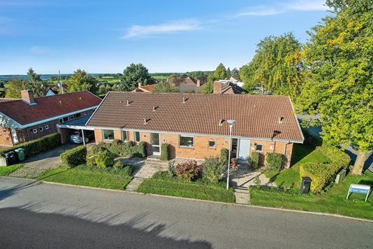 Villa på Skåde Højgårdsvej i Højbjerg - Set fra vejen