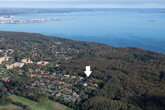 Villa på Elmehøjvej i Højbjerg - Luftfoto