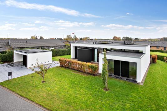 Villa på Ingerslevvænget i Tranbjerg J - Facade