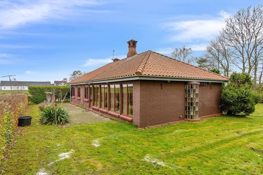 Villa på Obstrupvej i Mårslet - Set fra haven