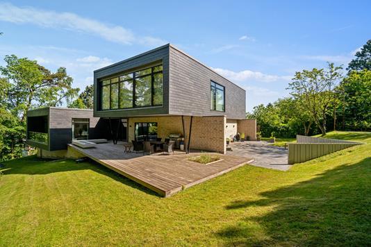 Villa på Elsdyrvej i Højbjerg - Set fra haven
