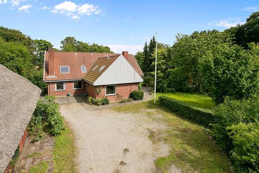Villa på Hørhavevej i Højbjerg - Set fra vejen