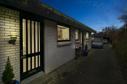 Villa på Skovgårdsvænget i Tranbjerg J - Ejendommen
