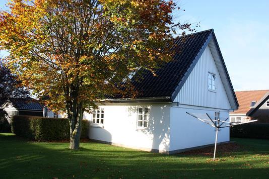 Villa på Kærgårdsparken i Solbjerg - Ejendommen