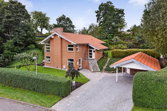 Villa på Koglevænget i Randers NV - Ejendommen