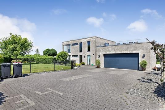 Villa på Skovstjernevej i Randers NV - Ejendommen
