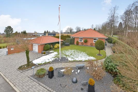 Villa på Vævervej i Randers NV - Ejendommen
