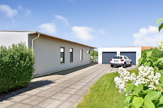 Villa på Beethovens Alle i Randers NV - Ejendommen