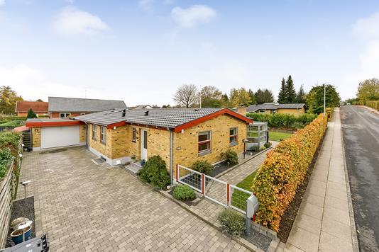 Villa på Odensevej i Randers SV - Ejendommen