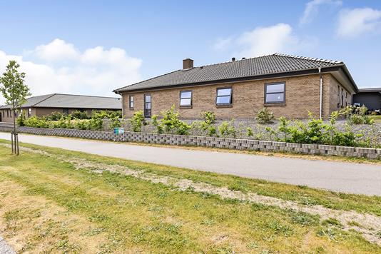 Villa på Kong Roars Vej i Randers NV - Ejendommen