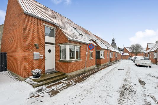 Villa på Vinkelstræde i Randers C - Ejendommen