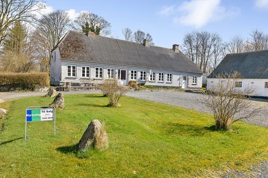Villa på Fl. Junckers Vej i Havndal - Ejendommen