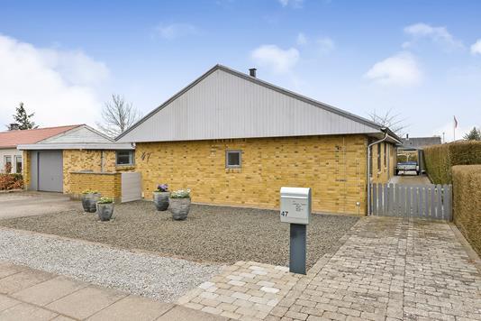 Villa på Gørrilds Alle i Randers NV - Ejendommen