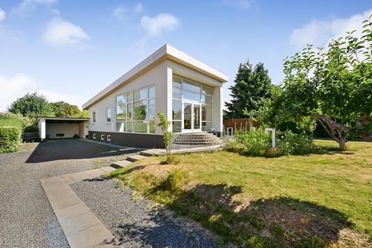 Villa på Nordvangsvej i Randers NV - Ejendommen