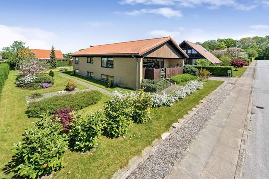 Villa på Tømrervej i Randers NV - Ejendommen