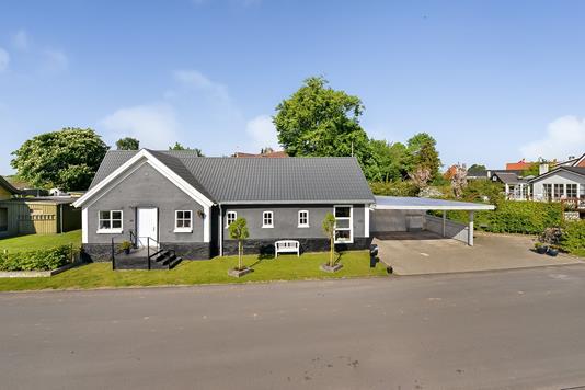 Villa på Jennumvej i Spentrup - Ejendommen