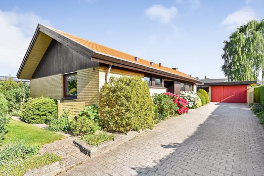 Villa på R. Hougårds Vej i Randers SØ - Ejendommen